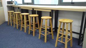 Ghế quầy bar gỗ chân sắt