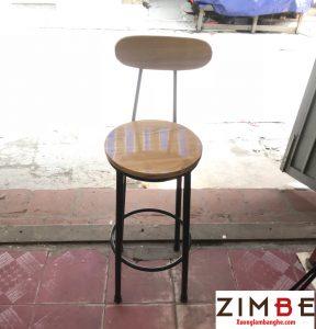 Ghế quầy bar mặt gỗ chân sắt 02